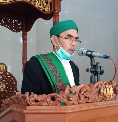 Sholat Idul Fitri Di Masjid Al-Bahkah Sumurbatu, Mengikuti